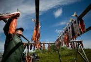 FRONTLINE: Alaska Gold: A War of Resources: The Fish or the Mine?