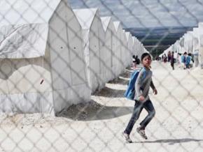 Refugees, a Market under Influence